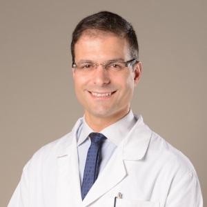 Dr. Alexandre Brandão